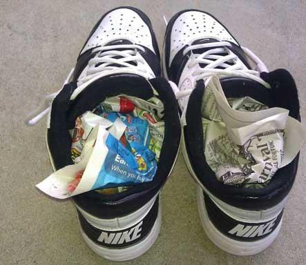 Péče o boty - Osušení novinami